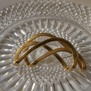 Vintage Avon Brooch-Gold Tone